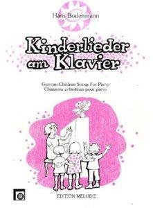 Kinderlieder am Klavier