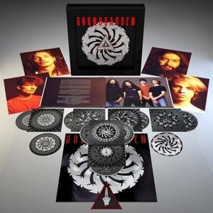 Badmotorfinger (Limited Super Deluxe 25th Anniv.)