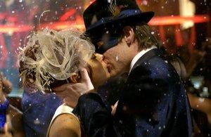 Zum Glück geküsst
