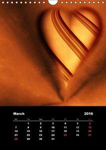 Lovely Hearts/UK Version (Wall Calendar 2016 DIN A4 Portrait)