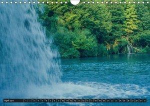 Wasserfälle der Welt 2017 (Wandkalender 2017 DIN A4 quer)