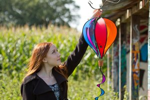 Invento 109326 - Hot Air Balloon Twist: Rainbow