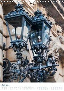 Dresden Street Lamps UK-Version (Wall Calendar 2015 DIN A4 Portr