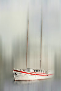 Premium Textil-Leinwand 80 cm x 120 cm hoch Segeljacht - abstra