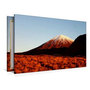 Premium Textil-Leinwand 120 cm x 80 cm quer Mount Ngauruhoe im A