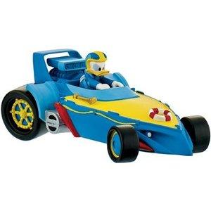 Rennfahrer Donald im Auto