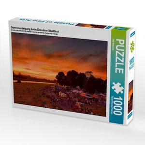 Sonnenuntergang beim Dresdner Stadtfest 1000 Teile Puzzle quer