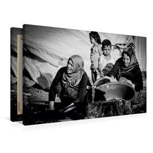 Premium Textil-Leinwand 90 cm x 60 cm quer Syrische Frauen