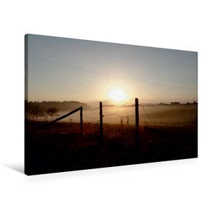 Premium Textil-Leinwand 90 cm x 60 cm quer Sonnenaufgang im Nebe