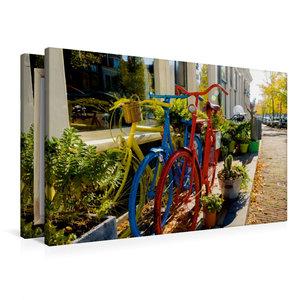 Premium Textil-Leinwand 90 cm x 60 cm quer Bunte Fahrräder