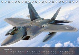 Luftwaffe. Kampfflugzeuge der USA (Tischkalender 2016 DIN A5 que
