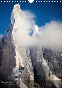 Majestic Mountains of Patagonia: Cerro Torre / UK-Version (Wall