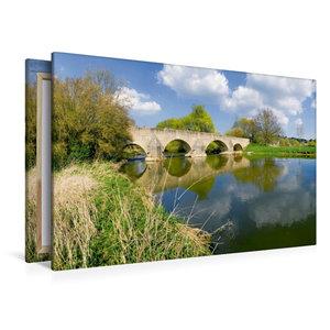 Premium Textil-Leinwand 120 cm x 80 cm quer Steinbrücke bei Pfün