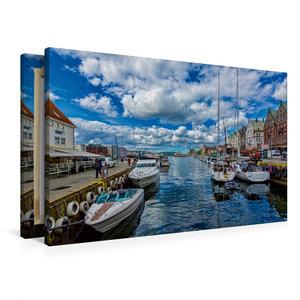 Premium Textil-Leinwand 90 cm x 60 cm quer Bergen