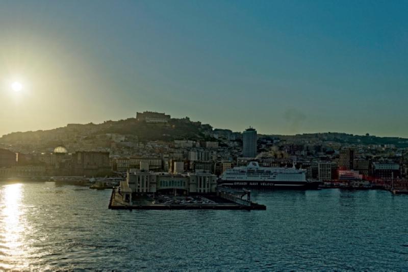 Premium Textil-Leinwand 45 cm x 30 cm quer Neapel Hafen - zum Schließen ins Bild klicken