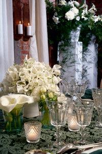 Premium Textil-Leinwand 80 cm x 120 cm hoch Brautstrauß