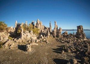 Mono Lake - bizarre Kalktuff-Gebilde (Posterbuch DIN A4 quer)