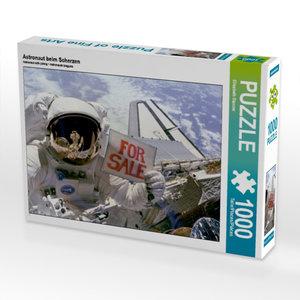 CALVENDO Puzzle Astronaut beim Scherzen 1000 Teile Lege-Größe 64