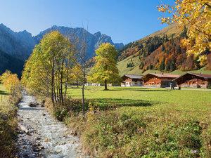 CALVENDO Puzzle Almdorf Eng im Karwendelgebirge 1000 Teile Lege-