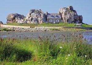 Haus in der Bretagne. Puzzle 1000 Teile
