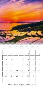 Japan - Land of discovery (Wall Calendar 2015 300 × 300 mm Squar