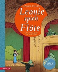 Leonie spielt Flöte