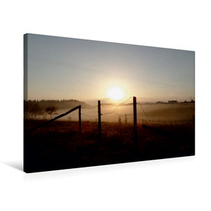 Premium Textil-Leinwand 75 cm x 50 cm quer Sonnenaufgang im Nebe