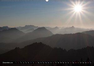 Fantastische Schweizer Bergwelt - Berge im Nebel