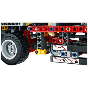 LEGO® Technic 42024 - Container-Truck