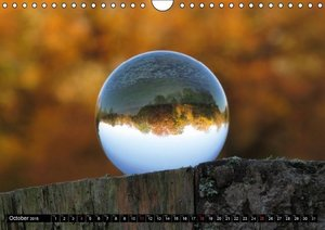 The world round as a ball (Wall Calendar 2015 DIN A4 Landscape)