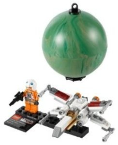 LEGO® Star Wars 9677 - X-wing Starfighter und Yavin 4