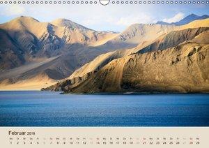 Im Himalaya: Gipfel, Täler und Klöster (Wandkalender 2016 DIN A3