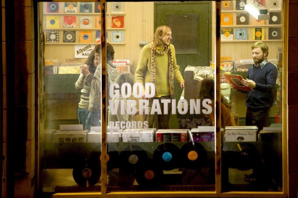 Good Vibrations - zum Schließen ins Bild klicken