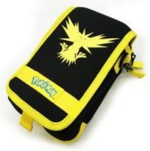 Pokemon GO - Tasche für Nintendo New 3DS, schwarz-gelb