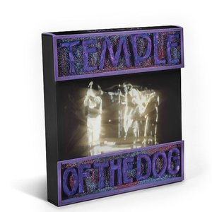 Temple Of The Dog (Limited EditionSuper Deluxe Box)