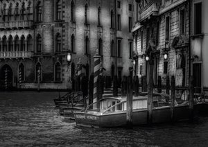 Venice - Light and Shadow (Poster Book DIN A3 Landscape)