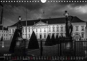 Berlin - Licht und Schatten (Wandkalender 2017 DIN A4 quer)