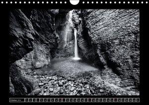 Waterfalls monochrome (Wall Calendar 2015 DIN A4 Landscape)