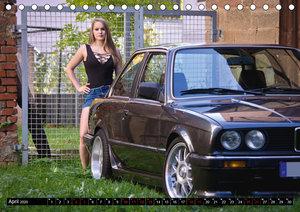 Heiße Frauen und schnelle Autos (Tischkalender 2020 DIN A5 quer)