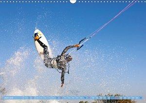 Kitesurfen: Mit Drachen am Meer
