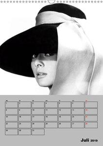 Hollywood-Diva. Audrey Hepburn (Wandkalender 2019 DIN A3 hoch)