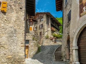 CALVENDO Puzzle Canale eine Gemeinde im Hinterland des Gardasees