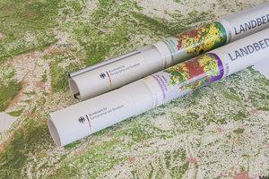 Landbedeckungskarte Deutschland 1 : 750 000. Wandkarte mit Bestä