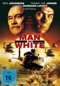 Man In White-Ein Mann Rechnet Ab