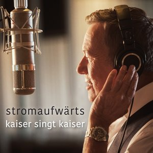 stromaufwärts-Kaiser singt Kaiser