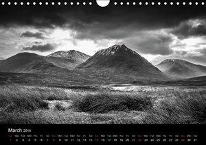 Black and White Scotland (Wall Calendar 2015 DIN A4 Landscape)