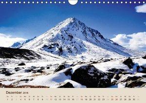 Im Himalaya: Gipfel, Täler und Klöster (Wandkalender 2016 DIN A4