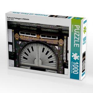 Fachwerk-Torbogen in Nieheim 1000 Teile Puzzle quer