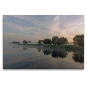 Premium Textil-Leinwand 120 cm x 80 cm quer Nebelzauber am Elbe