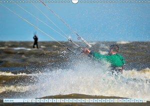 Kitesurfen - Wasser, Wind und coole Typen